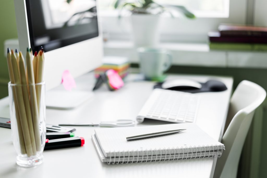 Daily Habits To Keep Your Office Work Desk Clean Evolve